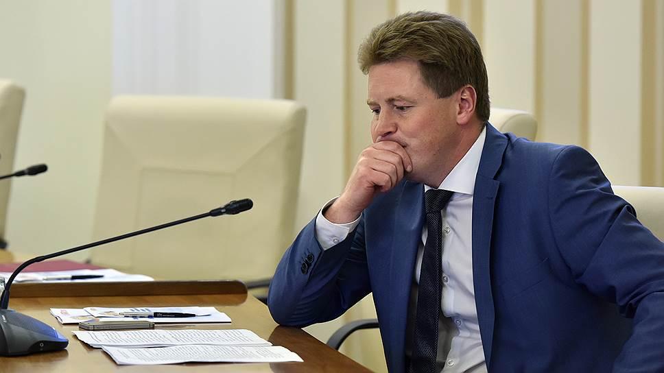 Почему правительство Севастополя не справляется с поручениями президента