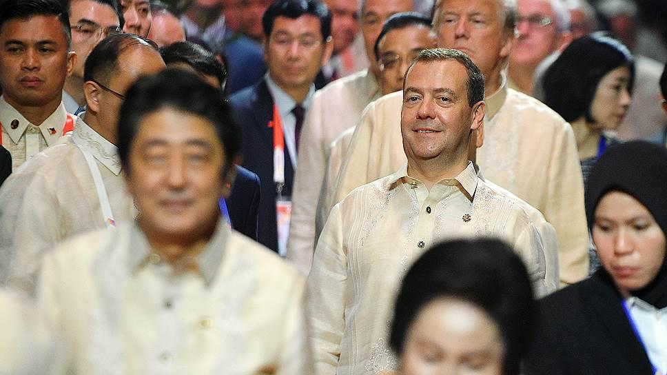 Как Дмитрий Медведев посетил саммит АСЕАН в 2017 году