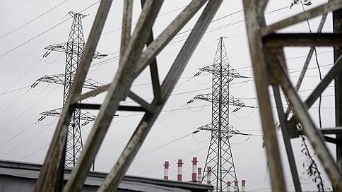 Гарантирующие поставщики в долгу не останутся // Энергосбытовые компании могут лишиться статуса за неплатежи сетям