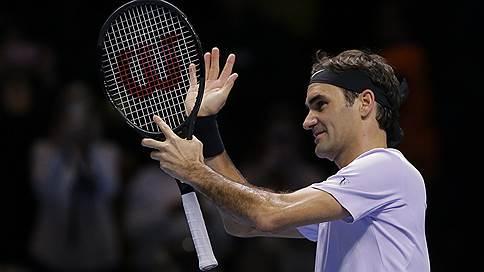 Роджер Федерер принимает парад дебютантов // На итоговом турнире ATP определились полуфиналисты