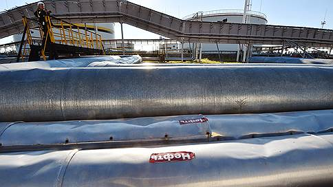 Российская нефть затекает в Среднюю Азию // Начаты пробные трубопроводные поставки в Узбекистан