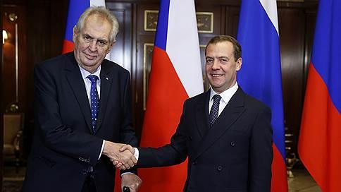 Внештатный автор создал ситуацию // Публикация на «Звезде» едва не сорвала встречу Дмитрия Медведева и Милоша Земана