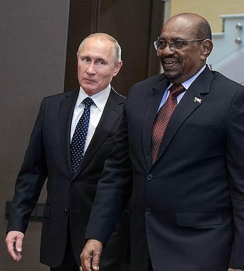 Президент Судана Омар Башир никогда не был в гостях у Владимира Путина, поэтому входил к нему в гости как хозяин