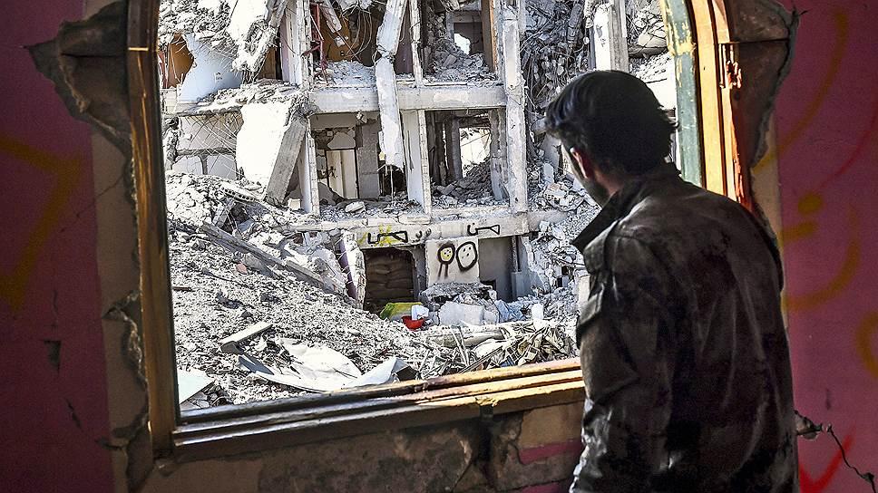 Почему сирийская оппозиция раскололась о Башара Асада, едва успев объединиться