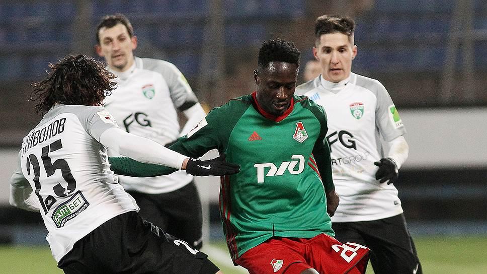 Второй гол «Локомотива» в ворота «Тосно», забитый чемпионом Европы 2016 года португальцем Антонио Эдером (в зелено-красной форме), в итоге оказался победным