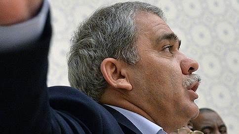 Правозащитник лишился гражданства России // Лидер Федерации мигрантов СНГ Каромат Шарипов может быть депортирован в Таджикистан