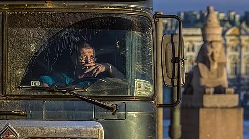 Малый бизнес нагружают ответственностью // В Госдуме обсуждают новые штрафы для мелких грузоперевозчиков