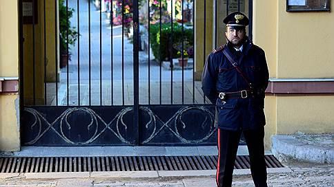 Италия отказала России из-за Британии // Предполагаемый организатор убийства основателя сети магазинов Партия не вернется на родину