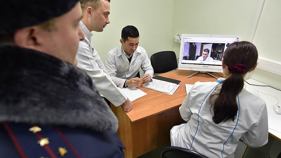 Больных заключенных допустят к экрану только после вступления в силу закона о телемедицине