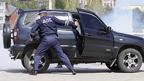 Гибдд ограничат в праве на арест // Генпрокуратура требует внести изменения в регламент ДПС