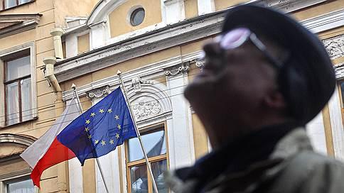 Польше выносят приговор за судебную реформу // ЕС рассмотрит возможность введения санкций против Варшавы