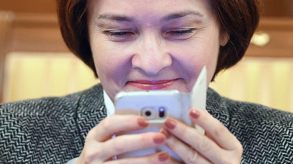 Неофициальная перестройка экономики под руководством Эльвиры Набиуллиной сейчас более заметна в частных сообщениях, чем в официальной статистике
