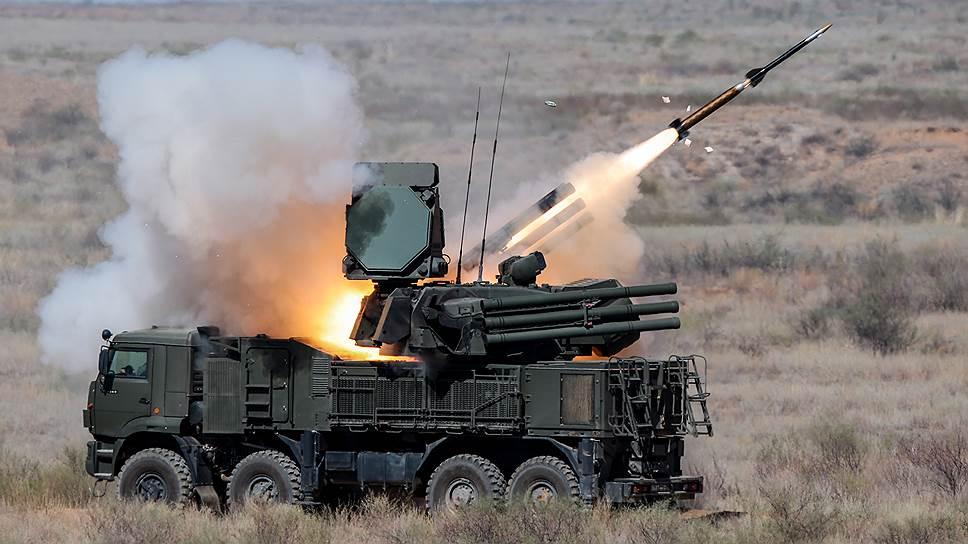 Больше половины беспилотников, направленных боевиками на военные объекты РФ в Сирии, были сбиты российским «Панцирем»