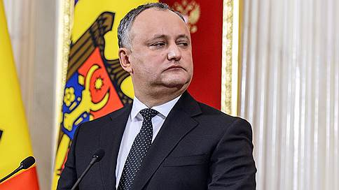 Президент Молдавии продолжит борьбу с режимом // Пророссийские и прозападные силы в республике готовятся к очередному противостоянию
