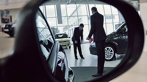 Цены на машины поехали вверх // В 2018 году дилеры ждут общего роста на 1317%
