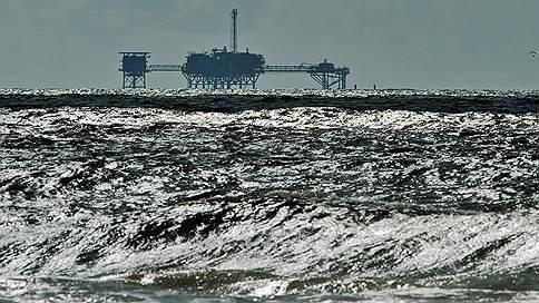 Назад в нефтяное будущее // Минэкономики оценило издержки и приобретения от бюджетного правила