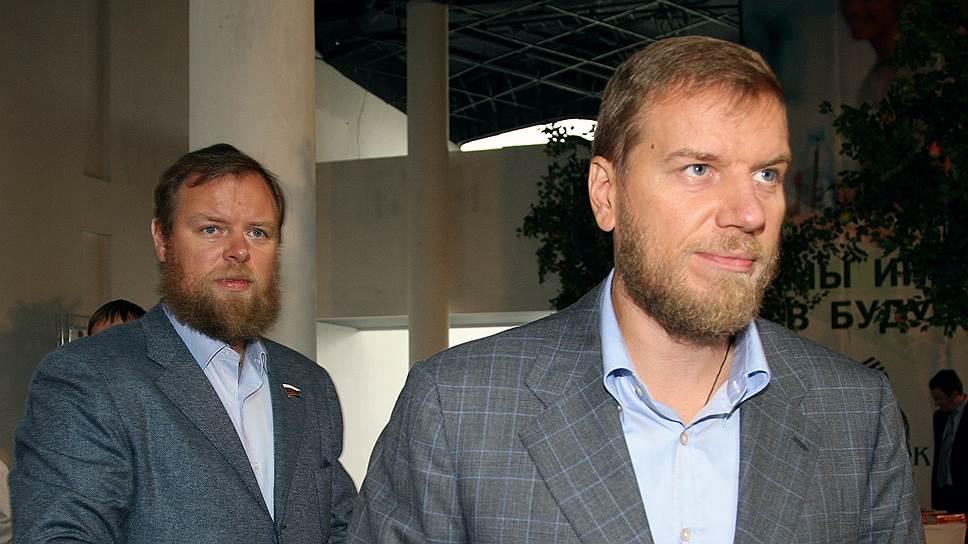 Банки братьев Ананьевых возродятся без их участия: Промсвязьбанк уходит правительству, «Возрождению» ищут инвестора