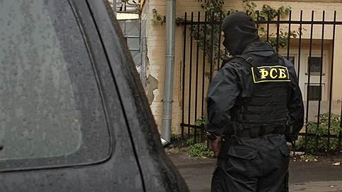 Контрразведчиков перевели из взяточников в мошенники // Офицеров, курирующих ГлавУпДК при МИДе, будут судить за поборы с частной охраны