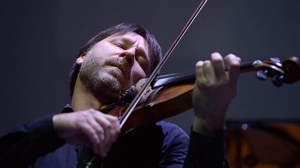 Созданный Алексеем Айги саундтрек к «Стране глухих» воспринимается сейчас одним из главных явлений киномузыки 1990-х