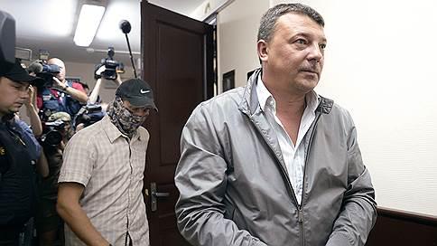 От взятки за Итальянца не осталось следов // Михаил Максименко утверждает, что не получал денег за освобождение авторитета
