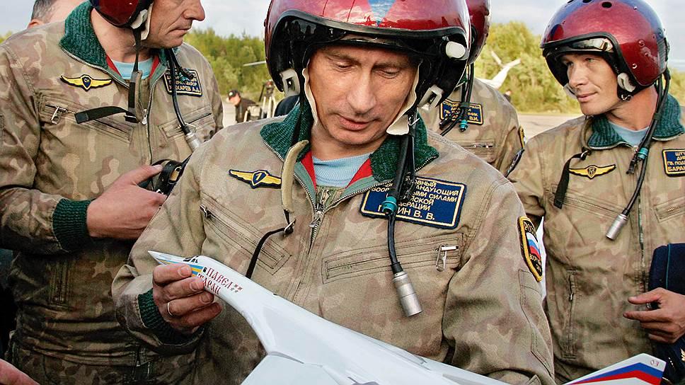 Владимиру Путину приглянулась идея гражданской версии сверхзвукового Ту-160