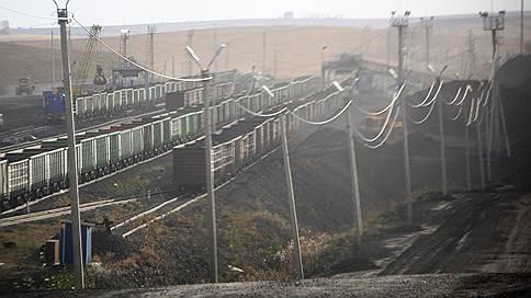 Порожняк создал пробку // На железных дорогах России встали 10% полувагонов