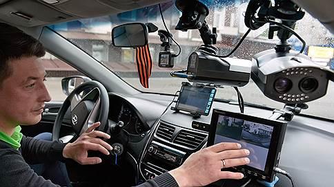 За деньгами с камер занимают очередь // Поправки к закону дадут десятки миллиардов дорожным фондам и частным операторам