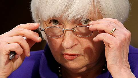 ФРС подождет до весны // Повышение ставки отложено до прихода нового главы регулятора