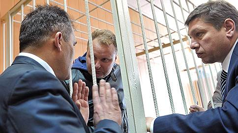 Маслопродукт разливают в суде // Вынесен приговор первому фигуранту дела бывшего замглавы Минсельхоза