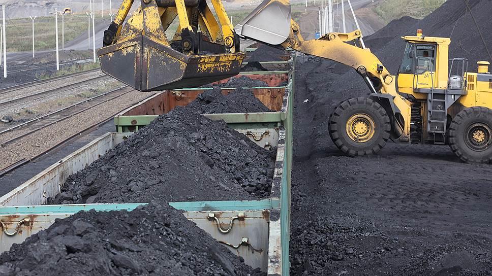 Почему в начале года упала погрузка угля на железных дорогах