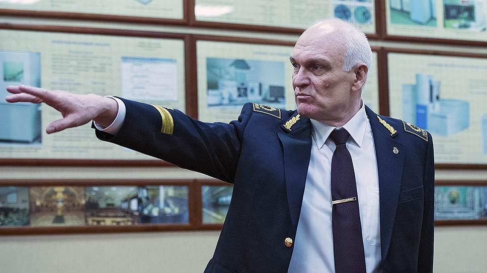 Какие проблемы возникли с формированием петербургского штаба Владимира Путина