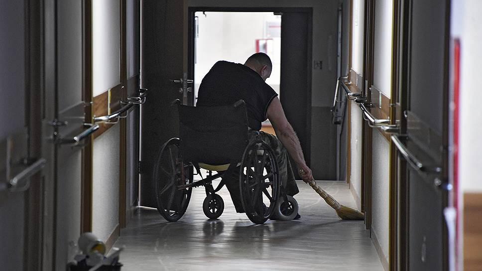 Президента просят помочь с законом о сопровождаемом проживании инвалидов