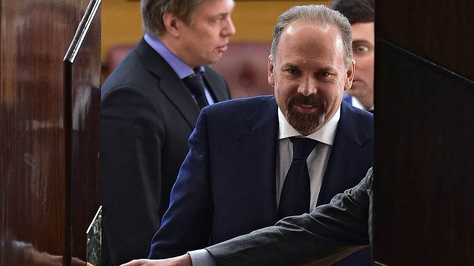 Выступлений министра строительства и ЖКХ Михаила Меня на Охотном Ряду в ближайшее время не ждут