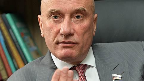 Petropavlovsk без банкиров // АТБ продает 9% акций золотодобытчика
