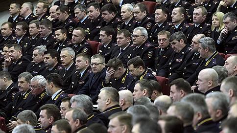 Полиции напомнили о неотвратимости наказания  / Владимир Путин поставил перед МВД задачи на будущее