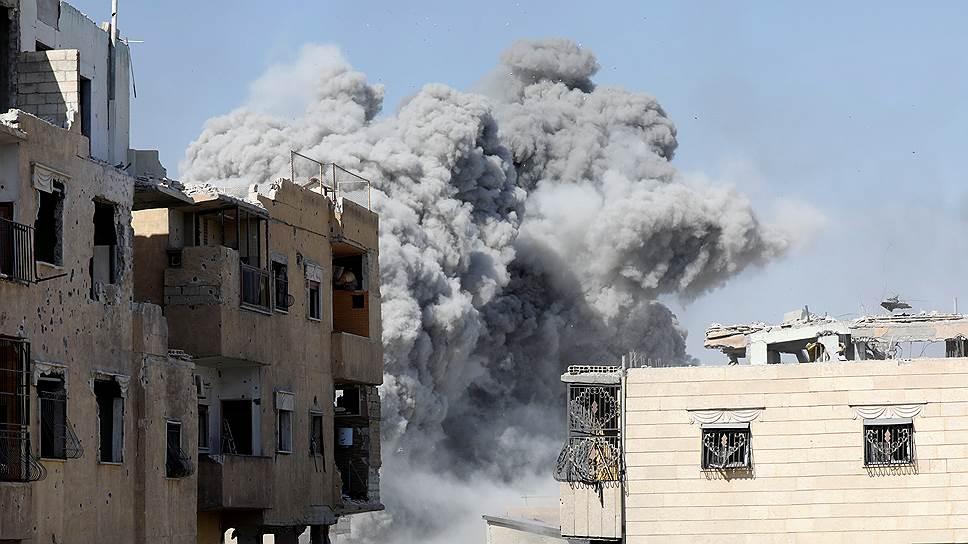 За что Дональд Трамп хочет наказать Башара Асада