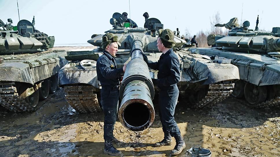 Почему Россия теряет долю на оружейном рынке