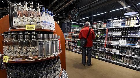 Coca-Cola не хватает крепости // Компания начала продавать в России Cinzano и Aperol