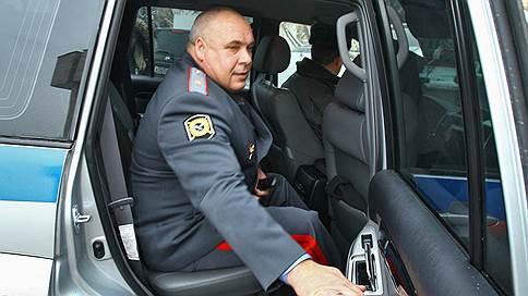Полковники сдали генерала // Бывшего начальника МУРа обвинили в коррупции