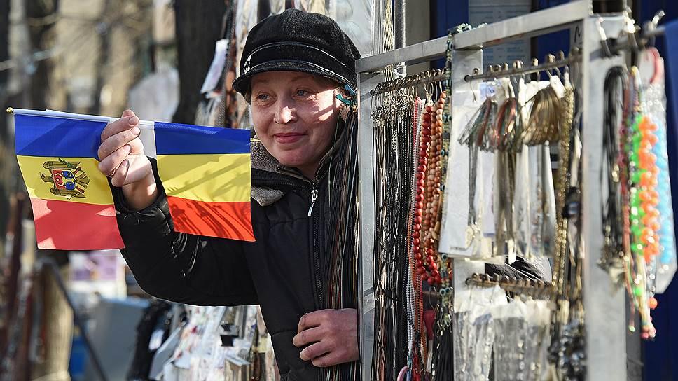 108 населенных пунктов Молдавии высказались за объединение с Румынией