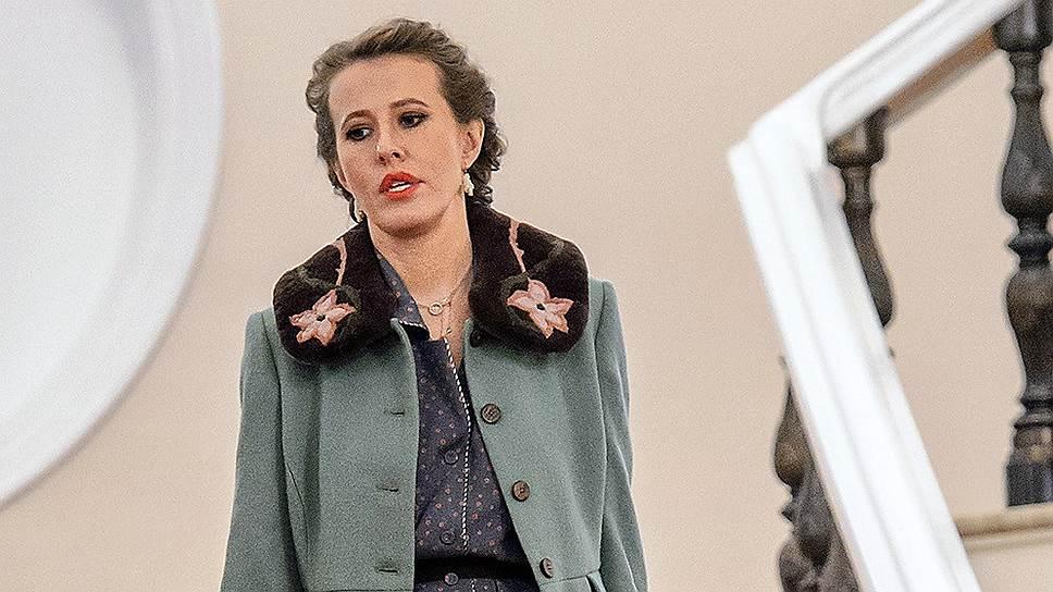 Ксения Собчак спускалась из представительского кабинета первого корпуса Кремля, как из коммерческого ресторана «Астория»