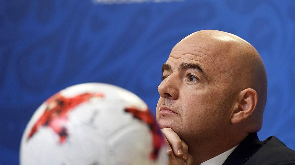 Благодаря идее президента FIFA Джанни Инфантино увеличить количество участников с 32 команд до 48 чемпионаты мира, скорее всего, будут проходить одновременно в нескольких странах