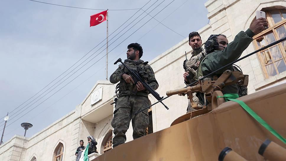 Взяв Африн, турецкие войска и отряды «Свободной сирийской армии» намерены развивать наступление в направлении оплота курдского сопротивления — города Манбидж