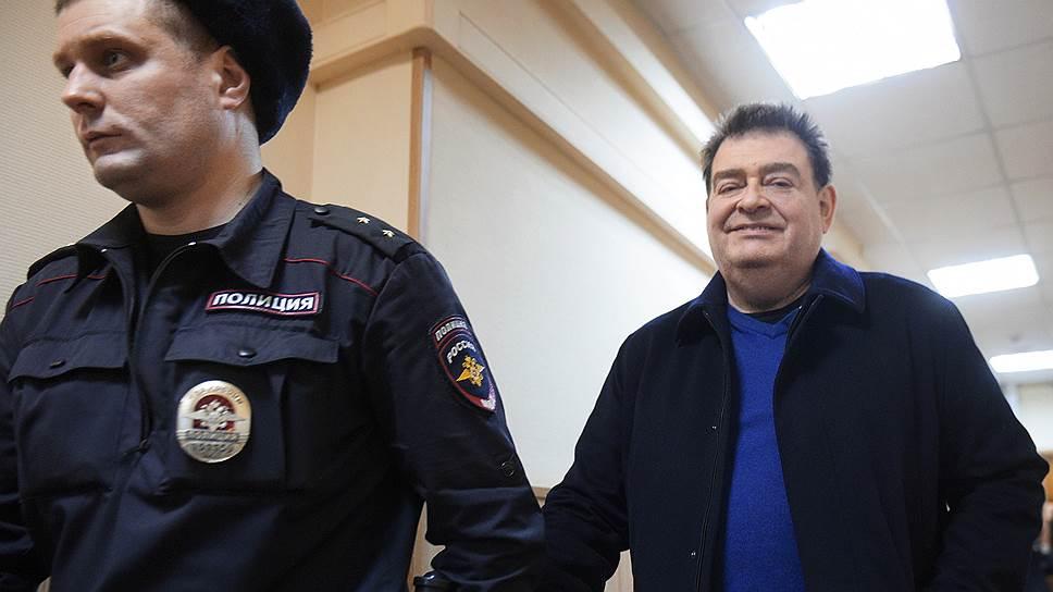 Вадим Варшавский утверждает, что не имел отношения к кредиту, в хищении которого его обвиняют