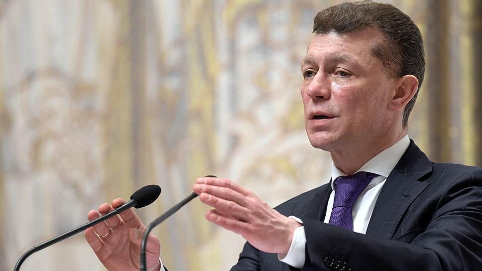 В условиях стабильного рынка труда глава Минтруда Максим Топилин пообещал заняться борьбой со смертностью и бедностью