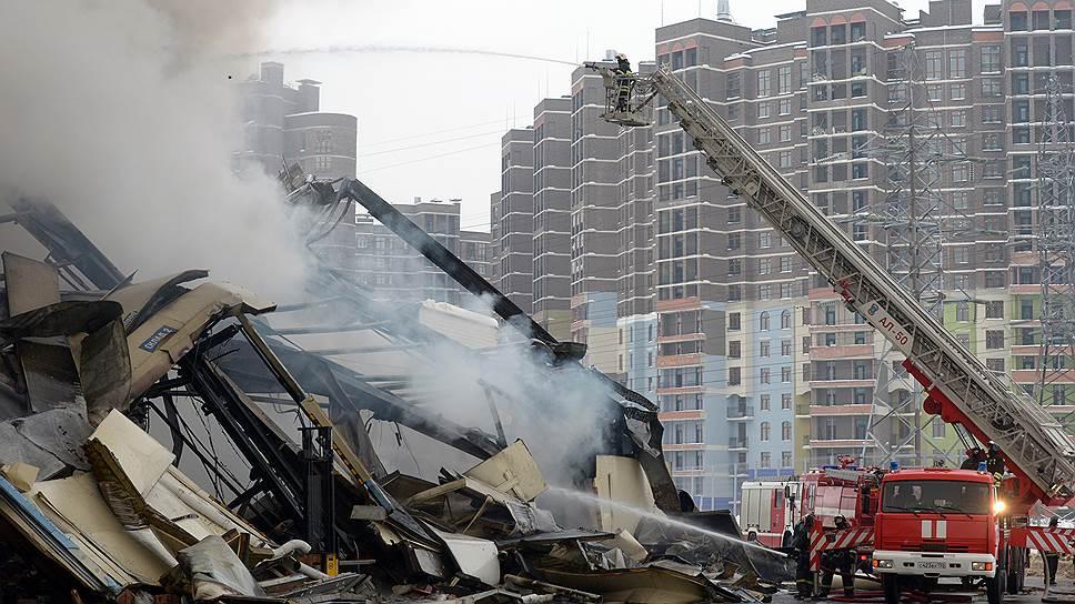 Какие два варианта защиты торговых центров от пожара предлагают Минфин и бизнес