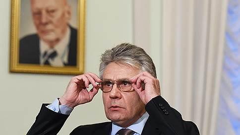 «Картофель, куры, сахар — у нас такие приоритеты» // Глава РАН о планах перезапуска экономики