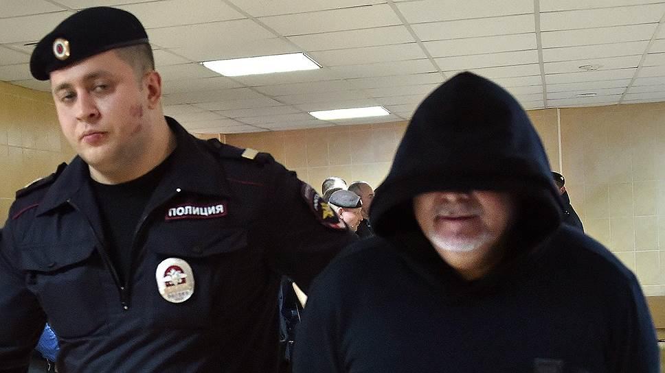 Захарий Калашов получил срок за вымогательство, но его имя фигурирует и в других уголовных делах