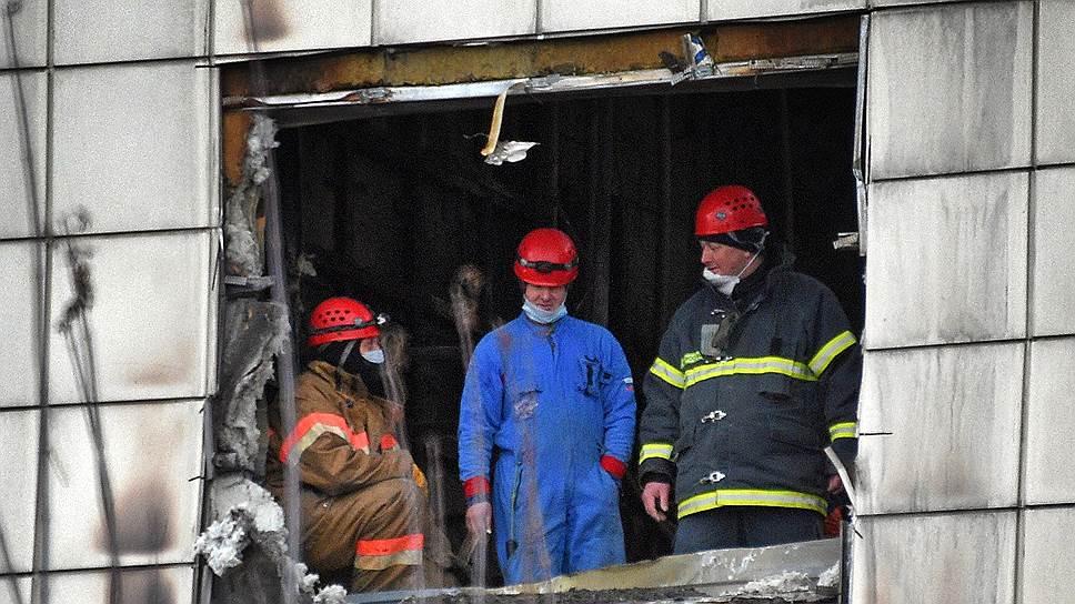 Родственники жертв Кемерово заявили в прокуратуру о бездействии пожарных