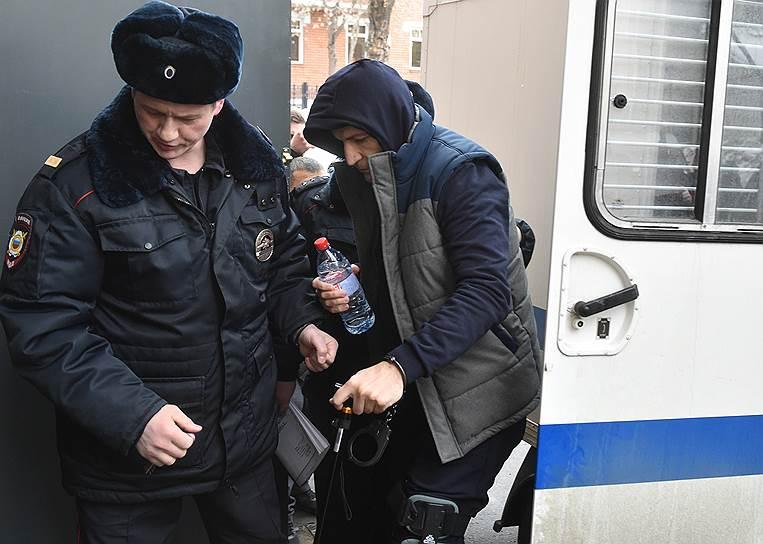 Совладелец группы компаний «Сумма» Магомед Магомедов (справа)
